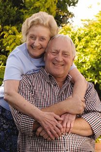 alzheimers-around-the-world-couple1