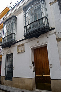 200px-Casa_Becquer_001